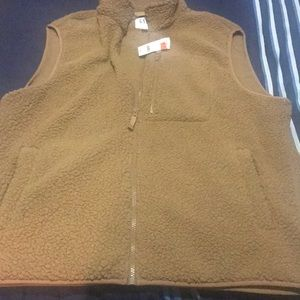 Brand new with tag vest by gap